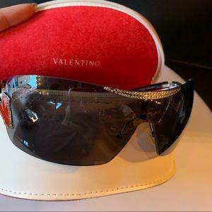 Valentino large sunglasses curve shield rhinestone